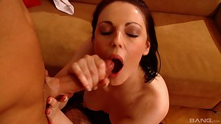 Brunette gripe Tina Gabriel drops on her knees to give excuses him hard