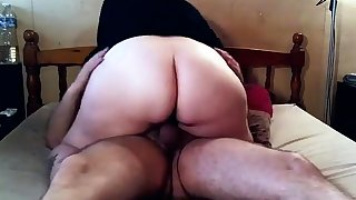 Big butt bbw stuffs kickshaw in big boob bbw ass